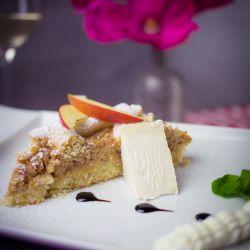 Linecký koláč se sýrem Olmín a jablky - recept